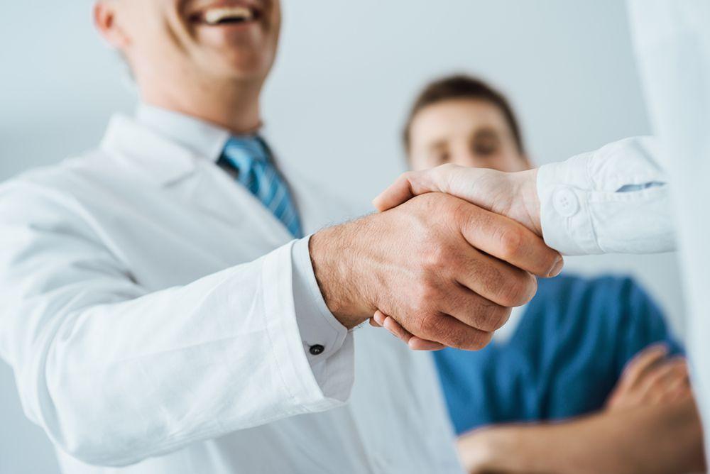 Como fidelizar pacientes na sua clínica: 4 estratégias práticas