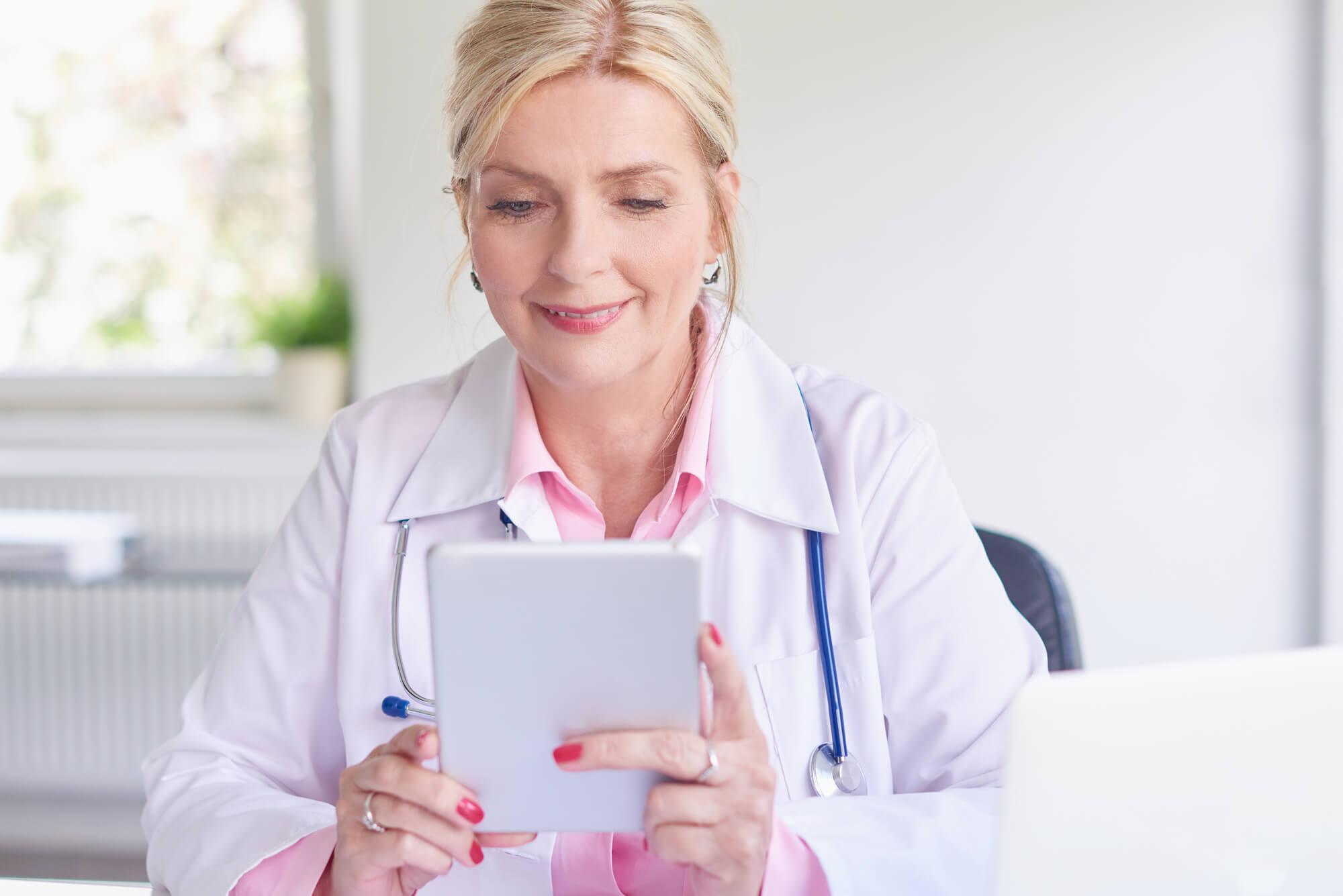 Como utilizar uma ferramenta de comunicação interna na clínica?