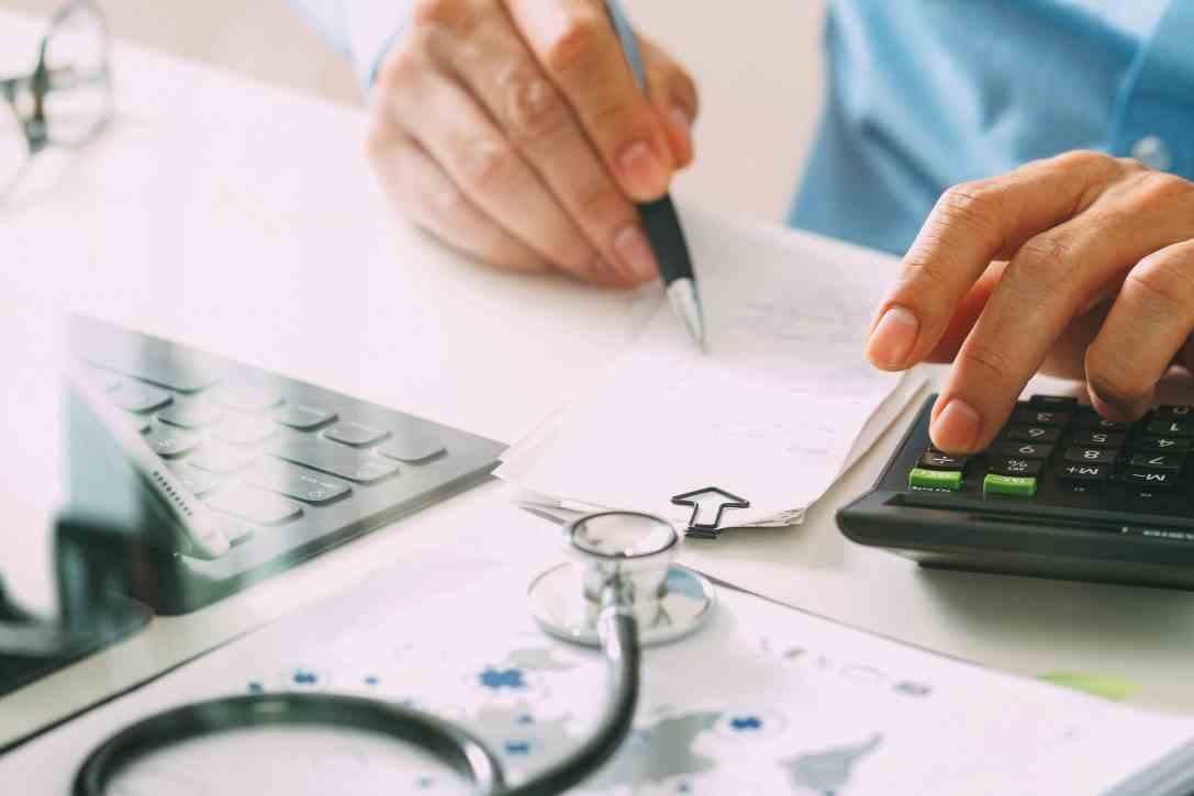 Contabilidade para clínicas: veja 6 dicas de gestão financeira!