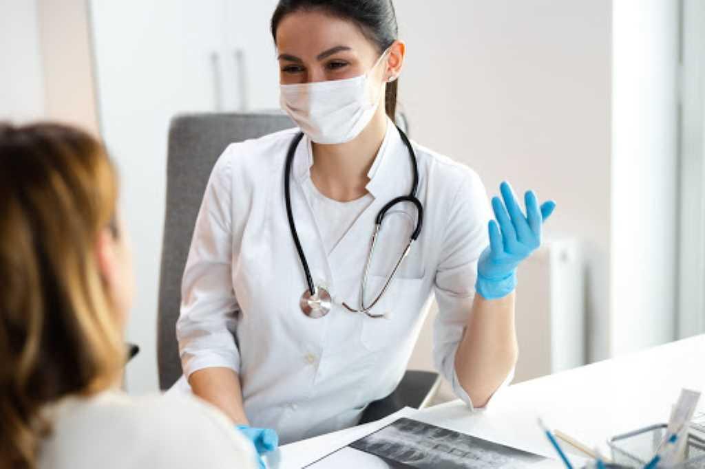 Como montar um consultório médico? 7 passos para abrir o seu!