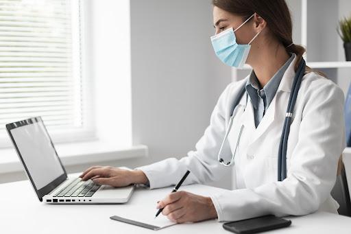 Descubra como melhorar e gerenciar o fluxo de pacientes da clínica